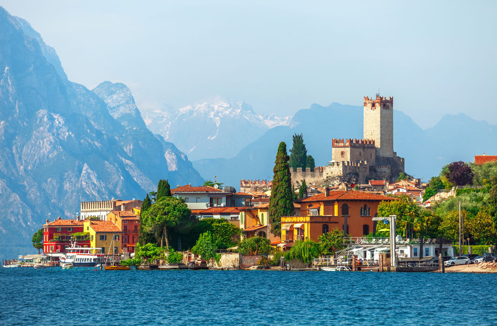 Malcesine: the best town for windsurfing and sailing
