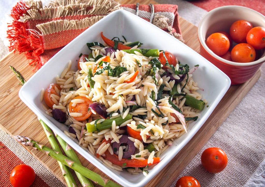 Orzo pasta salad with salted vegetables