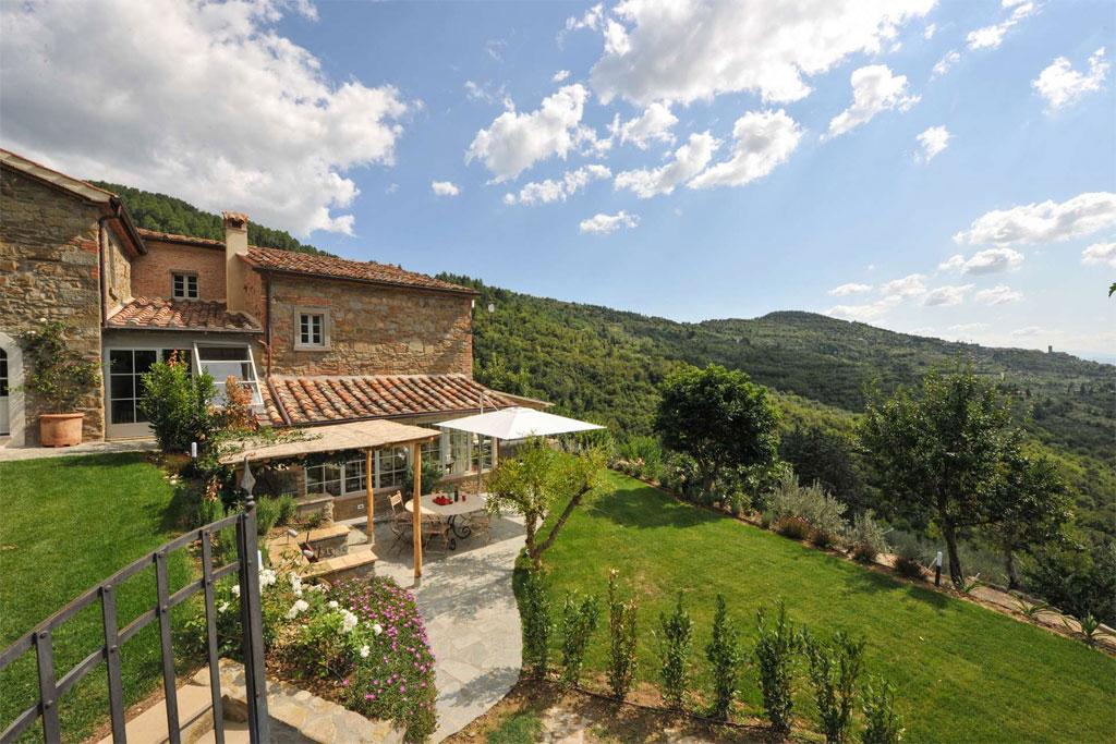 Casale Il Melograno, luxury villa in Italy