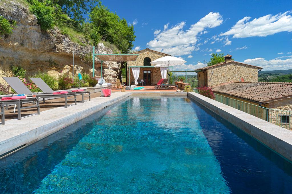 Sul Coccomorlo swimming pool