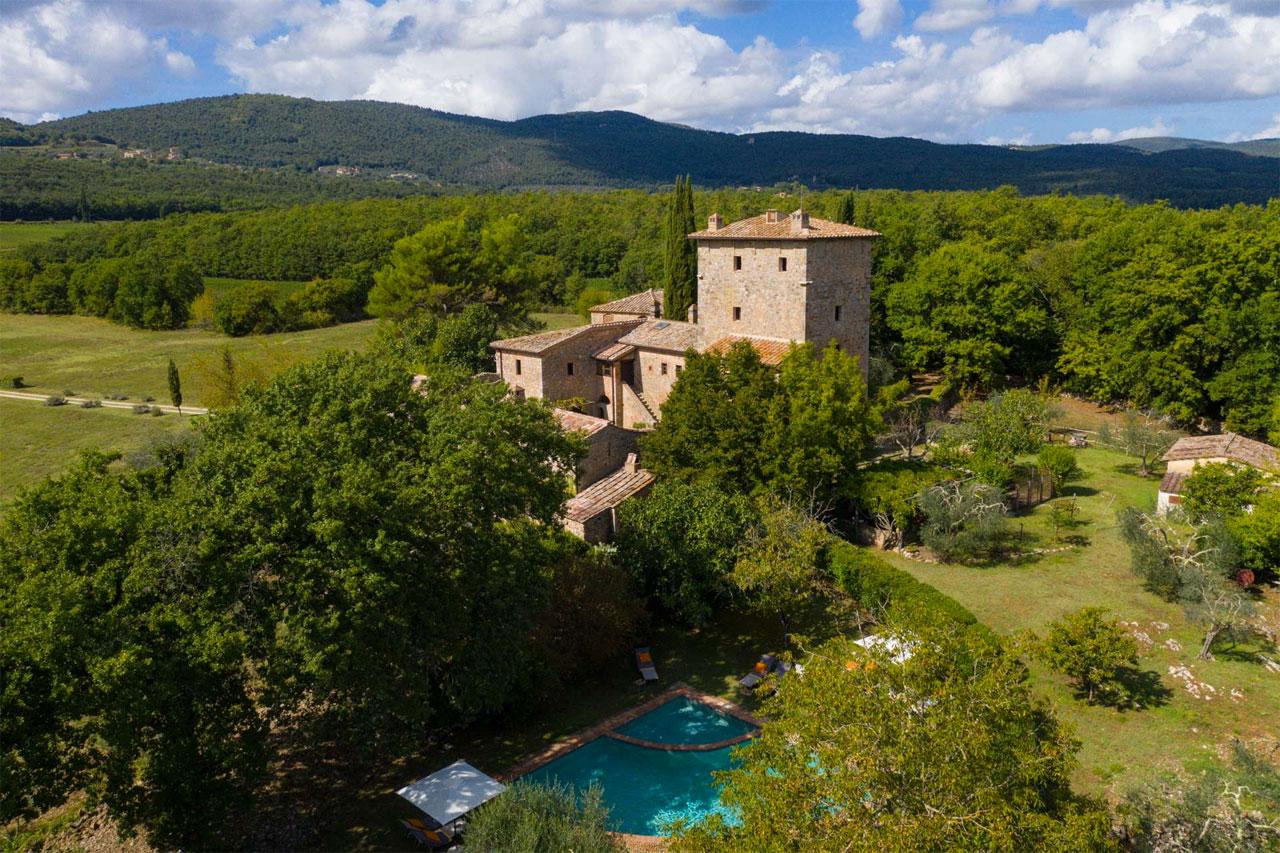 Torre Palazzone, luxury villa near Siena