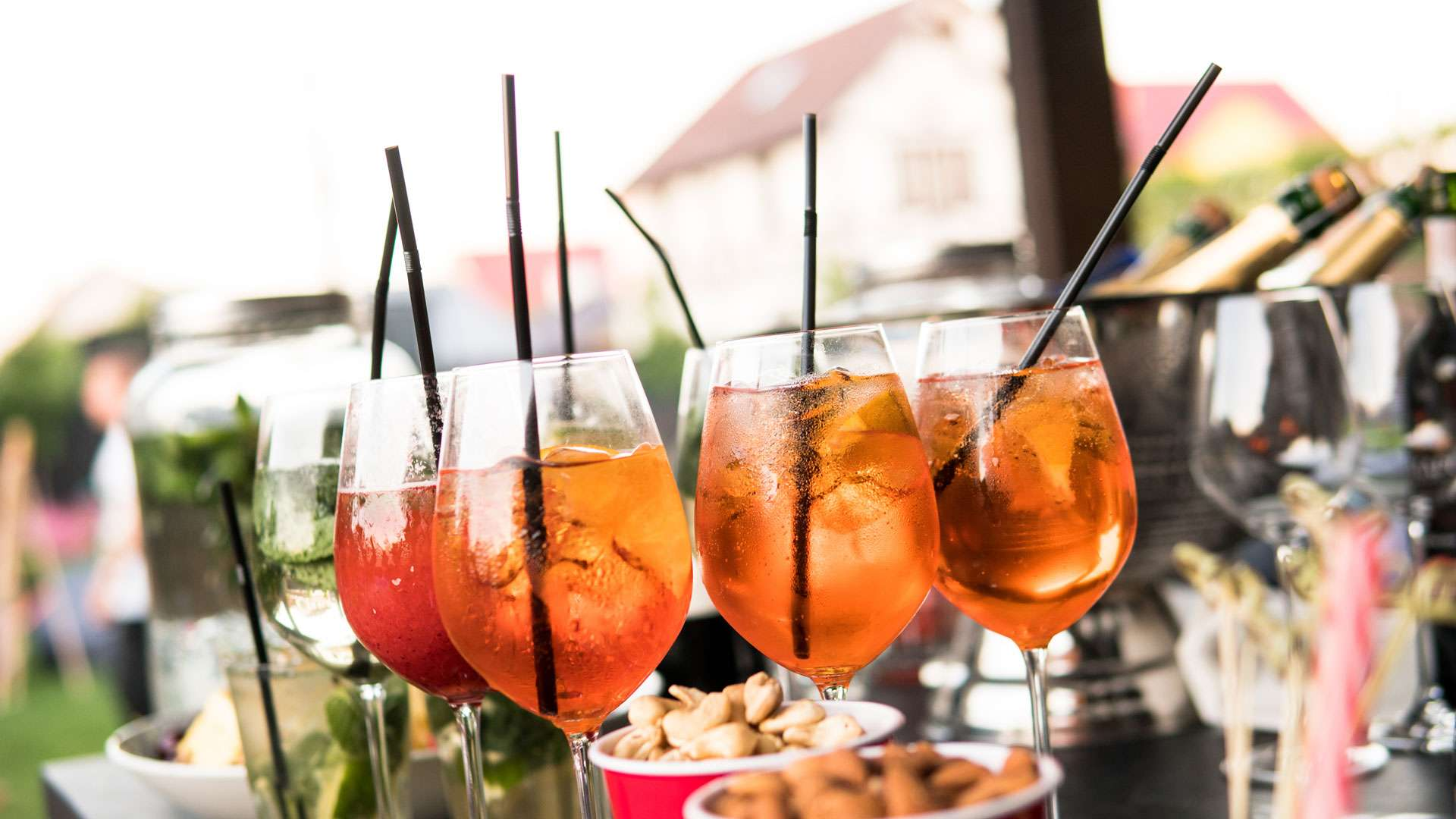 What is Aperitivo: A Beginners Guide to a Classic Italian Tradition