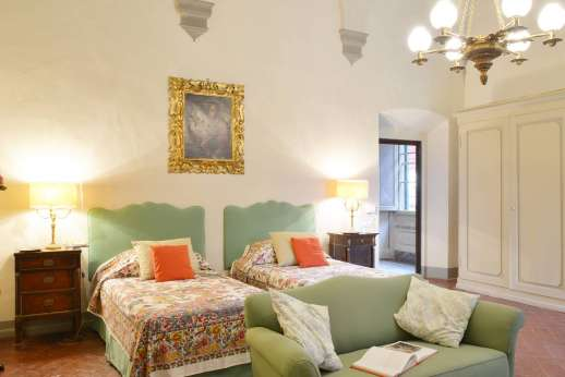 Villa di Bonorlo - Tastefully decorated twin room convertible to a double.
