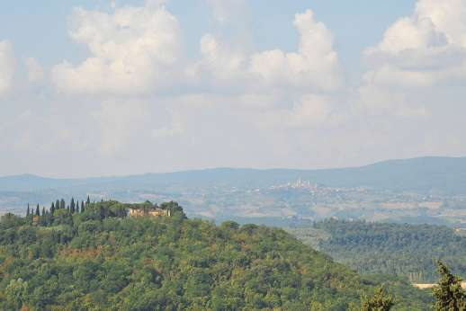 Casa Grazia - Stunning views with San Gimignano in the distance.