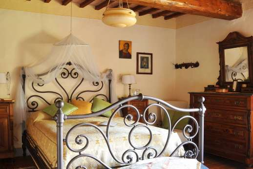 Casa Grazia - Double bedroom, elegant and comfortable.