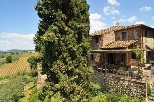 Il Giogo - Il Giogo, is situated in the western part of the Chianti Classico, Tuscany.