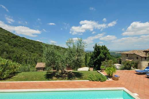 Il Nestorello - Views from the pool terrace.
