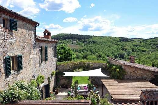 Il Trebbio - Il Trebbio, 3.5km/2 miles from Castellina in Chianti, Tuscany.