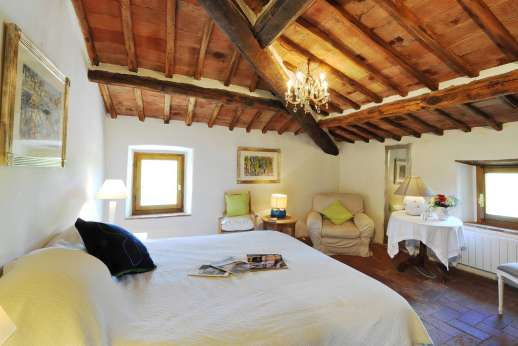 Il Trebbio - First floor air conditioned double bedroom.