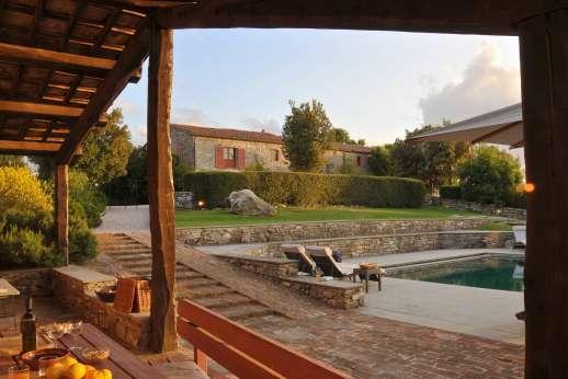 I Poggi  - The pool house capturing the evening sun.