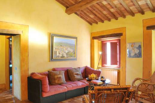 I Poggi  - First floor sitting room.