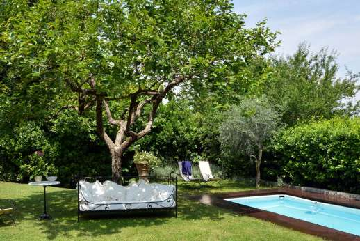 Villa di Citille - The private salt water swimming pool with outside seating