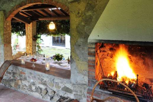 Villa di Citille - Outdoor open fire in the loggia