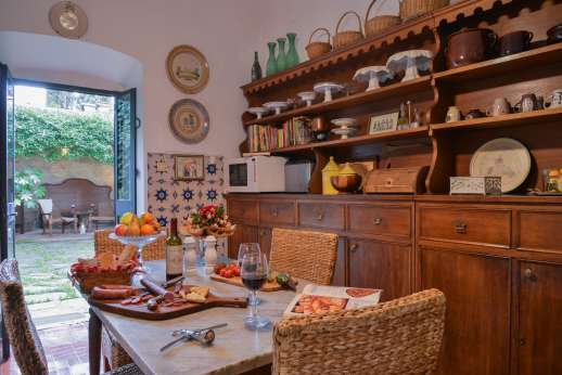 Villa di Citille - Kitchen with breakfast table