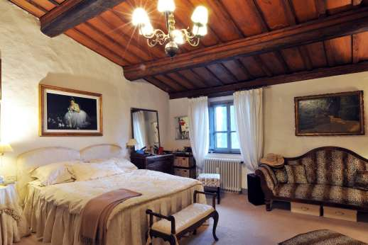 Villa di Citille -  Fist floor double bedroom with an ensuite bathroom