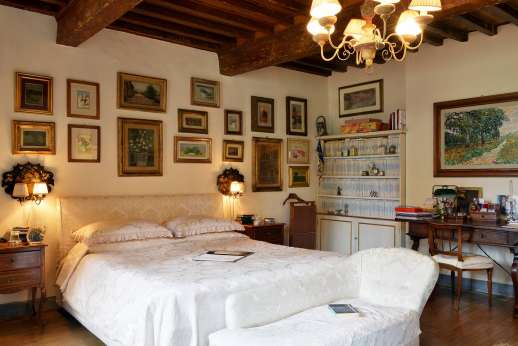 Villa di Citille - Another view of the air-conditioned double bedroom
