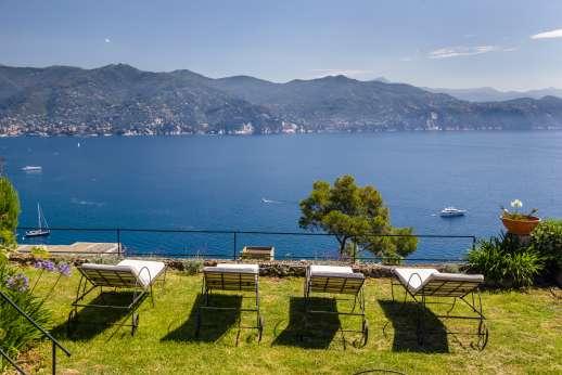 Villa Paraggi - Villa Paraggi a beautiful costal villa