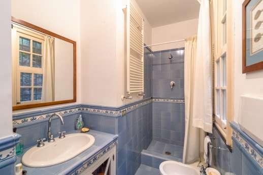 Villa Paraggi - Dependance shared bathroom