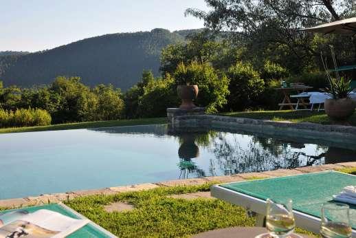 Poggitello - The pool positioned for the views.