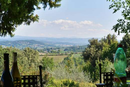 Podere Santa Giulia  - Perfect spot for al fresco dining.