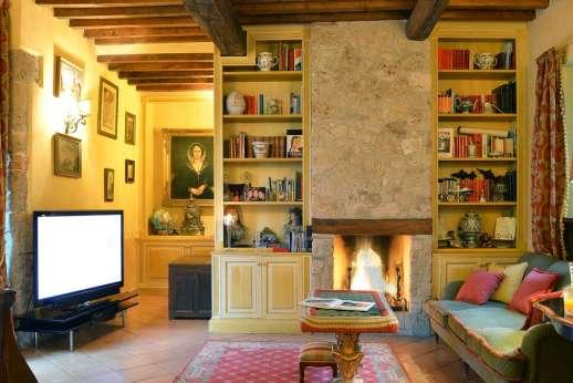 Podere Santa Giulia  - Relax TV area.