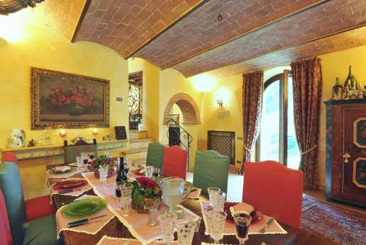 Podere Santa Giulia  - Another view of the dining area.