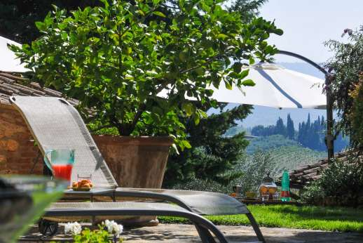 Podere Santa Giulia  - Podere Santa Giulia today it's a sophisticated home with a beautiful terraced garden, a private pool and two guest houses, great location and wonderful views.