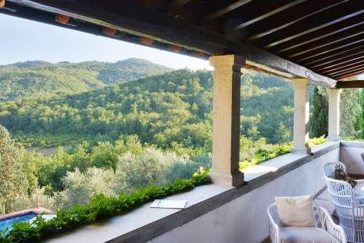 Tenuta il Poggio - Amazing views form the first floor loggia.