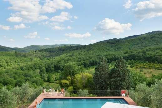 Tenuta il Poggio - View from the first floor balcony.