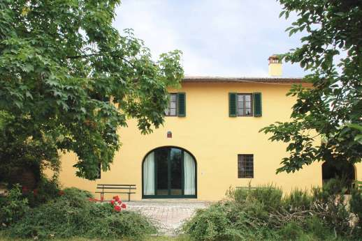 Podere San Carlo - Podere San Carlo a smart hilltop farmhouse south west of Florence.