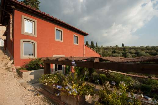 Il Nido del Picchio -  in the hills just south east of Florence, offering a stunning view Florence skylline.
