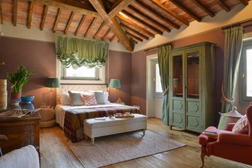 Il Nido del Picchio - First floor double bedroom with stunning views overlooking Florence with ensuite openspace bathroom