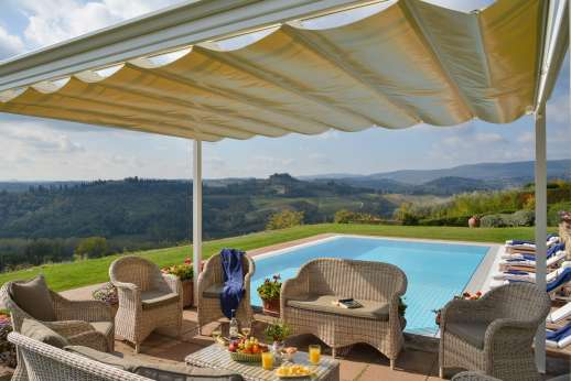 San Leolino (x 12 people) with Staff and Cook - Outside seating area, a place to enjoy the Tuscan views.