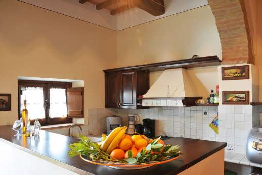 San Leolino (x 12 people) with Staff and Cook - Bar/breakfast kitchen area on the ground floor.