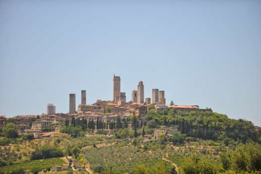 San Leolino (x 12 people) with Staff and Cook - The towered hilltop town of San Gimignano