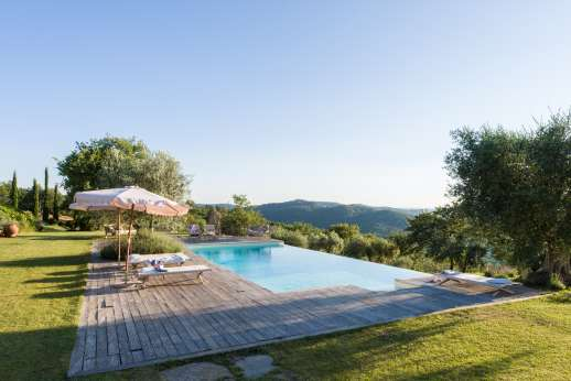Villa Ambra - Pool with a view!
