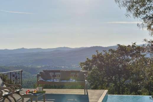 Villa Ambra - Sit, lounge and enjoy the view