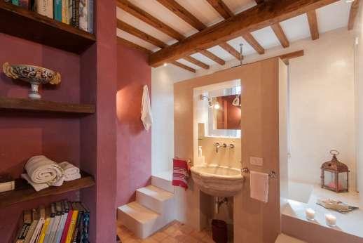 Acqua e Miele - The second bathroom.