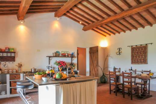 Campo Chinandoli - View across the kitchen and dining area.