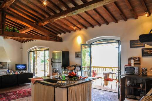 Campo Chinandoli - The open kitchen and lounge area.