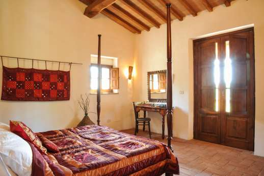 Campo Chinandoli - Another view of the double bedroom.