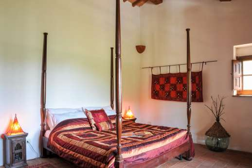 Campo Chinandoli - Air conditioned double bedroom.