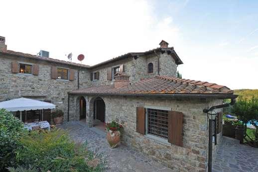 Casa Paggetti - Casa Paggetti a charming private home is set in a sleepy village.