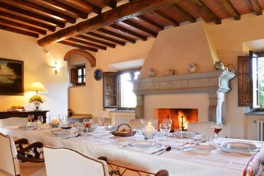 Casa Paggetti - The dining room.