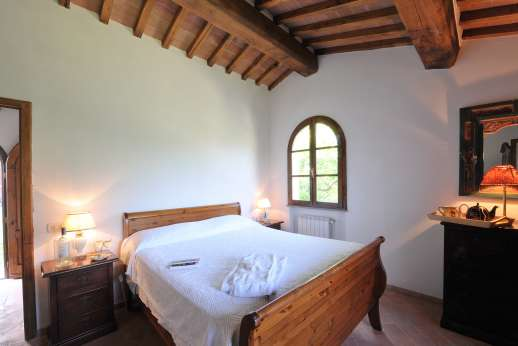 Casa Tara - Guest house, air conditioned double bedroom.
