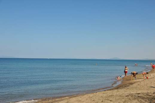Casale Montecimbalo - Casale Montecimbalo, the Tuscan coast close to Tarquinia and beaches.