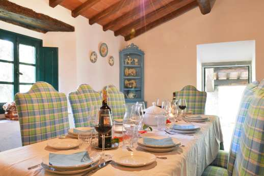 Casalta - Another view of the dining room.