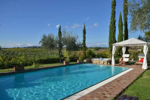 Colli Fiorentini - The private 5 x 10m swimming pool, which is open all year round.