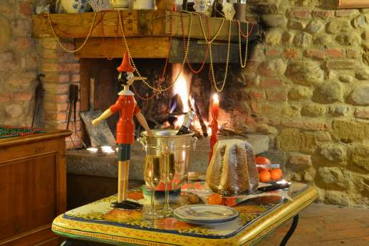 Colli Fiorentini - Getting into the festive sprit at the villa