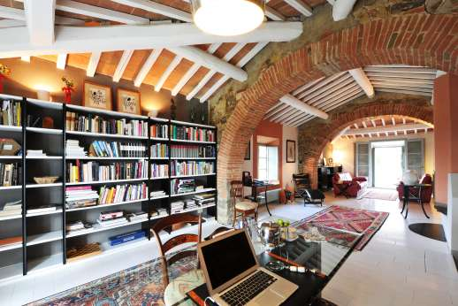 Geggianello - The study/library on the first floor of the Old Fienile.